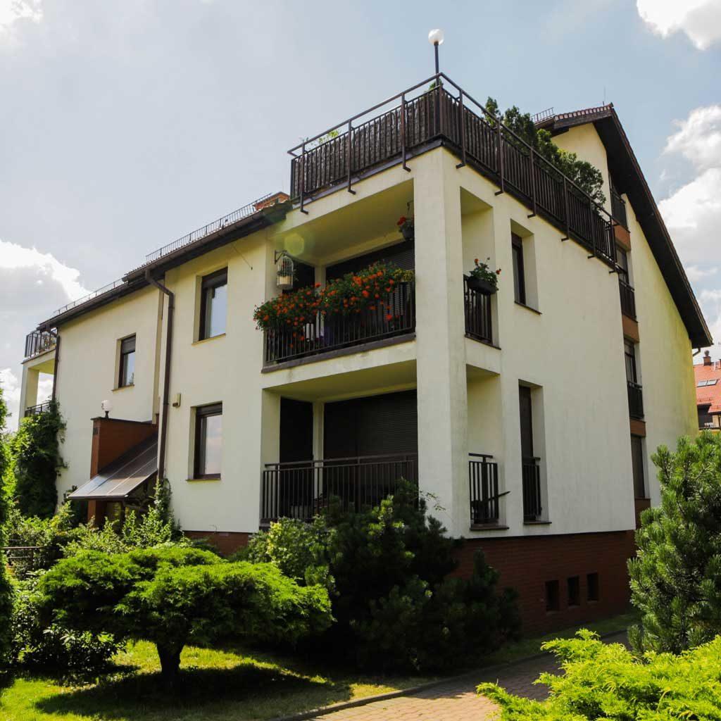 Willa Holdimex - Domy, Mieszkania, apartamenty naBrynowie - Inwestycje zrealizowane - Katowice